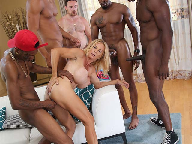 Brooke Tyler from WatchingMyMomGoBlack.com