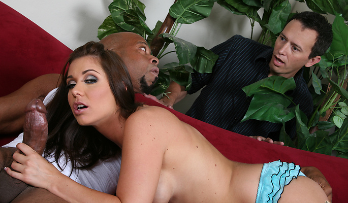 Interracial fuck session takes on an interracial twist