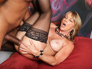Shayla LaVeaux from BlacksOnCougars.com