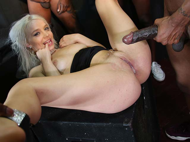 Bella Jane from CuckoldSessions.com