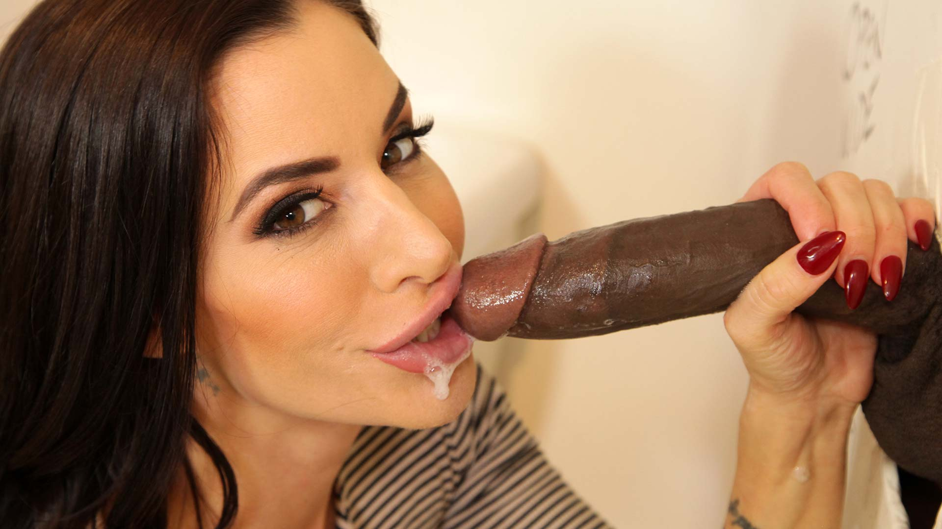 Gloryhole Gia Dimarco Interracial Porn