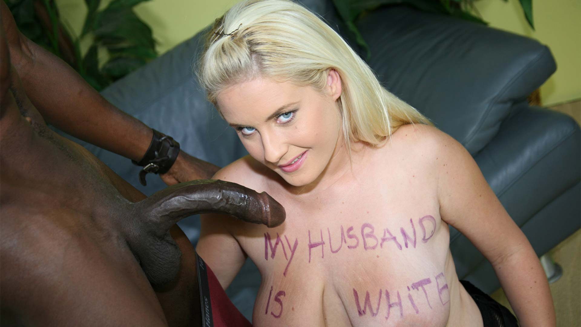 WifeWriting Amatuer Cindee Interracial Porn