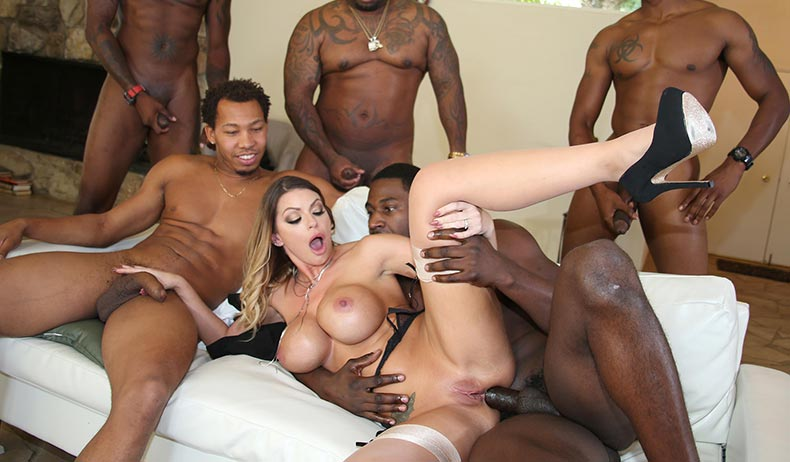 Brooklyn Chase VIDEO PREVIEW
