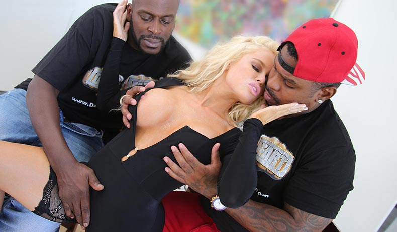 Nikki Delano VIDEO PREVIEW