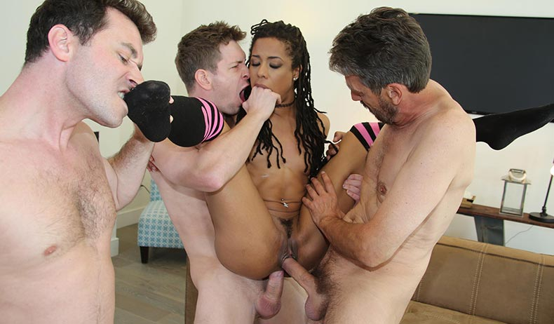 Kira Noir VIDEO PREVIEW